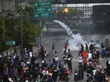 Thailand Rusuh, Ratusan Orang Turun ke Jalan-jalan Bangkok