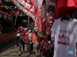 Melihat Penjualan Pernak-Pernik Bendera yang Lesu Selama PPKM