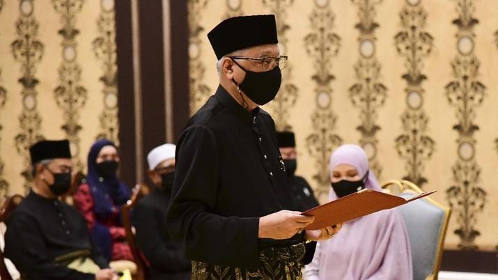 Pelantikan PM Malaysia Ismail Sabri Yaakob. Khirul Nizam Zanil/Malaysia's Department of Information via AP)