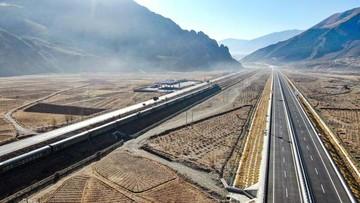 Tol 'Atas Awan' Tertinggi di Dunia Beroperasi, Ini Lokasinya thumbnail