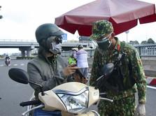 Ho Chi Minh Lockdown: Tentara Turun, Warga Serbu Supermarket