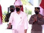 Top Banget! Jokowi Resmikan Tol Pertama di Pulau Kalimantan