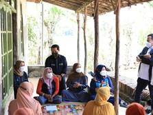 Menteri BUMN Kagum Srikandi Nasabah PNM Belajar Jualan Online
