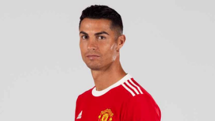 Cristiano Ronaldo mengenakan kostum Manchester United. (Dok. Manchester United)