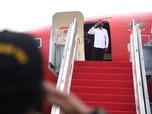 Gaya Jokowi & Erick 'Blusukan' Cek Vaksinasi Covid di Lampung