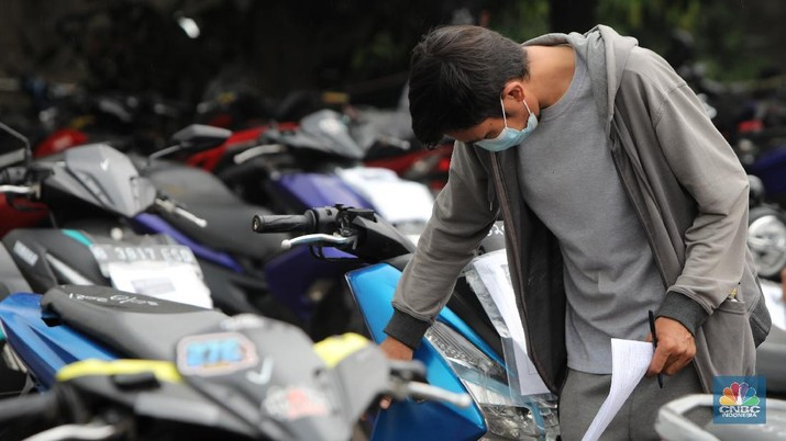 Lelang motor (CNBC Indonesia/Andrean Kristianto)