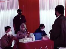 Jokowi Ingatkan Pelajar Patuhi Prokes: Masker Saya Saja Dobel