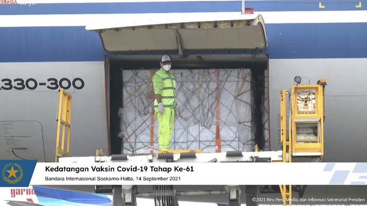 Kedatangan Vaksin Covid-19 Tahap 61, Bandara Internasional Soekarno-Hatta, 14 September 2021