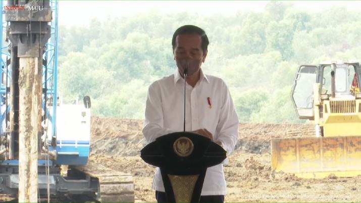 Presiden Jokowi di Groundbreaking Pabrik Industri Kendaraan Listrik, Karawang, 15 September 2021