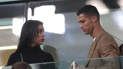 Cristiano Ronaldo Gak Boleh Ganti Bohlam