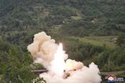 Astaga! Kim Jong Un Tembak Rudal Korut Lagi dari Kereta Api