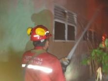 Pertamina Bantu Proses Pemadaman Kebakaran Perumahan di Dumai