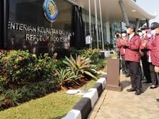 Menteri Trenggono Luncurkan Logo Baru KKP, Tanpa Gambar Ikan
