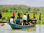 Sapa Warga Cilacap, Jokowi Nyebrang dengan Perahu