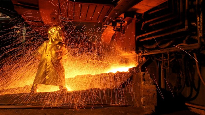Pabrik pengolahan nikel di Sorowako, Provinsi Sulawesi Selatan. (REUTERS/Yusuf Ahmad)