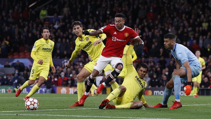 Manchester United menang 2-1 atas Villareal di Old Trafford, Kamis (30/9/2021). (REUTERS/PHIL NOBLE)