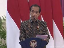 Di Depan OJK, Jokowi Bicara Banyak Warga RI Terjerat Pinjol