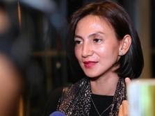 'Ribut' dengan Asuransi, Wanda Hamidah 'Colek' Jokowi-OJK