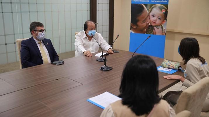 Dato' Sri Tahir, melalui Tahir Foundation hari ini mengumumkan hibah senilai Rp 10 miliar (sekitar US$ 700.000) untuk mendukung respon UNICEF terhadap krisis kemanusiaan di Afghanistan. (Dok. ist)