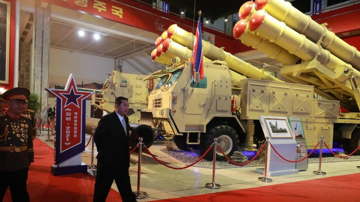 North Korea's leader Kim Jong Un looks at military weapons and vehicles on display at the Defence Development Exhibition, in Pyongyang, North Korea, in this undated photo released on October 12, 2021 by North Korea's Korean Central News Agency (KCNA).      KCNA via REUTERS    ATTENTION EDITORS - THIS IMAGE WAS PROVIDED BY A THIRD PARTY. REUTERS IS UNABLE TO INDEPENDENTLY VERIFY THIS IMAGE. NO THIRD PARTY SALES. SOUTH KOREA OUT. NO COMMERCIAL OR EDITORIAL SALES IN SOUTH KOREA.