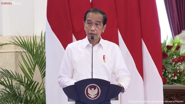 Pengarahan Presiden Joko Widodo pada Peserta PPSA XXIII dan PPRA LXII Tahun 2021 LKNRI, 13 Oktober 2021. (Tangkapan Layar Youtube Sekretariat Presiden)