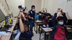 Polisi Kejar 2 WNA Bos Pinjol Ilegal di Jakarta Barat