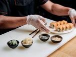 Gak Becanda! 'Sushi Terbang' Lewat Jalan Raya di Negara Ini