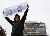 Ratusan Pekerja Boeing Demo Tolak Mandat Vaksin Covid-19