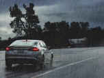 Hati-hati Bawa Mobil di Musim Hujan, Perhatikan Dulu Hal Ini