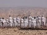 Heboh Ramai-Ramai Manusia Bugil di Israel, Ini Pemicunya