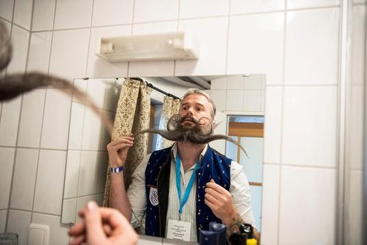 Unik! Para Pria Berkumis dan Berjanggut Ikut Kontes di Jerman